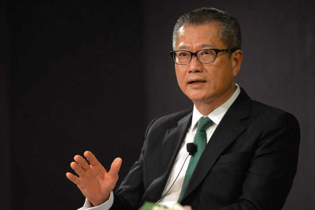 Le ministre des Finances hongkongais Paul Chan