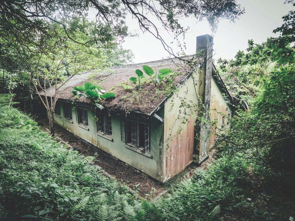 casernes militaires abandonnées Hong Kong